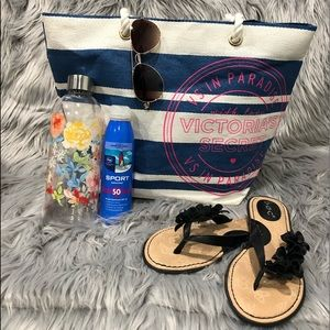 Victoria's Secret 🏖Striped☀️ Beach Tote Bag NWOT